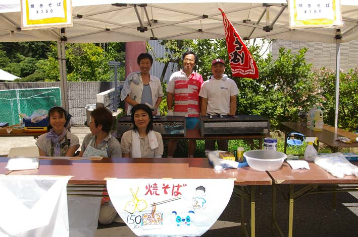 祭りはコミュニティを維持させる舞台装置:10高野台夏祭り_c0014967_19292425.jpg