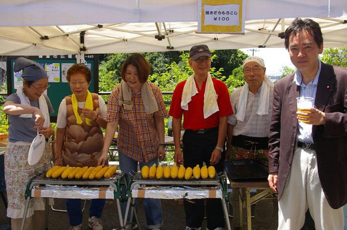 祭りはコミュニティを維持させる舞台装置:10高野台夏祭り_c0014967_1934155.jpg