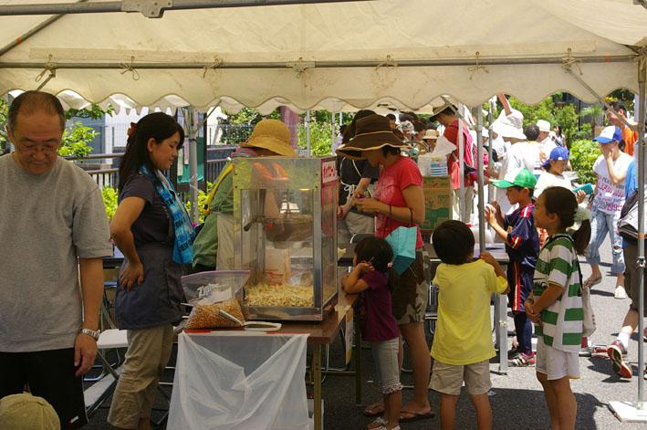 祭りはコミュニティを維持させる舞台装置:10高野台夏祭り_c0014967_1935815.jpg
