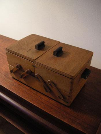 裁縫箱 (DENMARK/SWEDEN)_c0139773_19324919.jpg