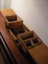 裁縫箱 (DENMARK/SWEDEN)_c0139773_19332131.jpg