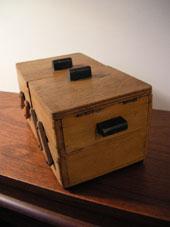 裁縫箱 (DENMARK/SWEDEN)_c0139773_19353496.jpg