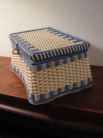 裁縫箱 (DENMARK/SWEDEN)_c0139773_19381853.jpg