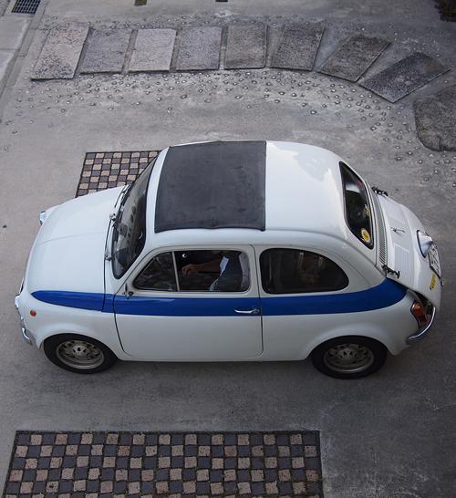 FIAT 500 cinquecento(チンクエチェント)_f0099102_2362982.jpg