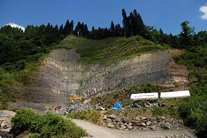 日本最大の恐竜産出現場で発掘調査始まる!_f0229508_14216100.jpg
