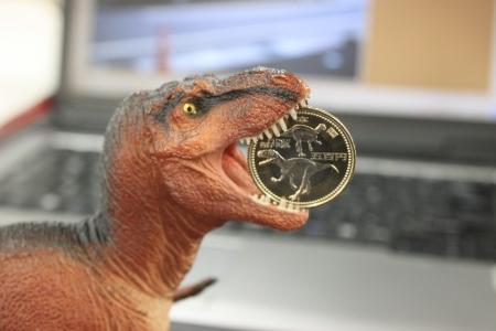 恐竜図案の500円玉早速GET!!_f0229508_1442659.jpg