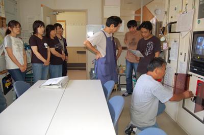 消防総合訓練を実施_a0154110_14505539.jpg