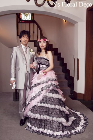ルセーヌ館のおふたり ピンク色の花冠とリストレット_b0113510_11192819.jpg