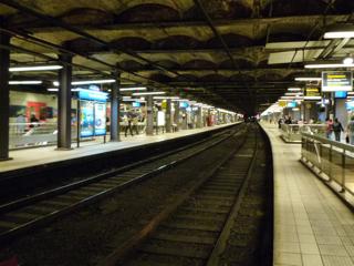 パリをブラモリ(4)_f0181924_1271275.jpg