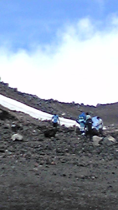 富士山山頂で・・・_c0206900_85319.jpg