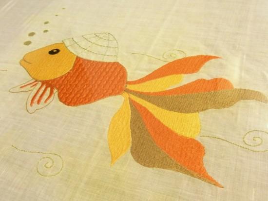 刺繍の金魚くん_d0162535_23332384.jpg