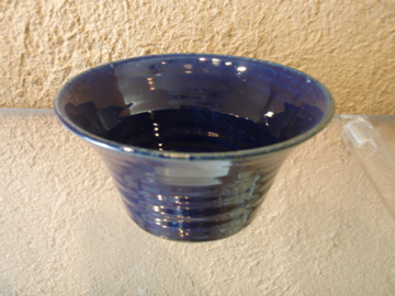 臼田けい子さんの瑠璃、紺 、白のうつわたち_b0132442_15571097.jpg