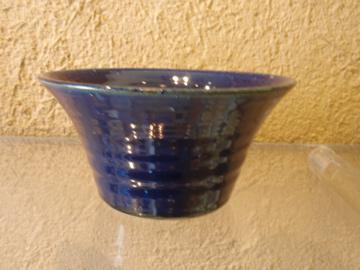 臼田けい子さんの瑠璃、紺 、白のうつわたち_b0132442_15583618.jpg