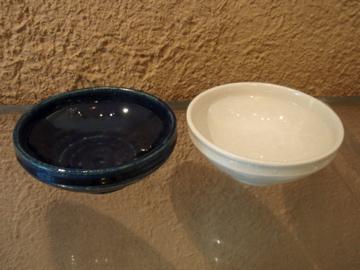 臼田けい子さんの瑠璃、紺 、白のうつわたち_b0132442_17215872.jpg