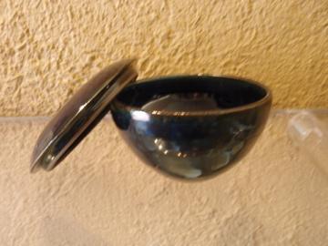臼田けい子さんの瑠璃、紺 、白のうつわたち_b0132442_17223117.jpg
