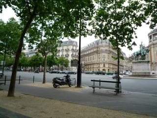 パリをブラモリ(5)_f0181924_20132323.jpg
