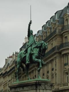 パリをブラモリ(5)_f0181924_20134224.jpg