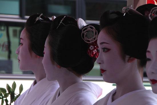 祇園祭り 花笠巡行 2_e0048413_2135468.jpg