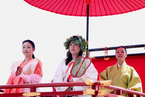 祇園祭り 花笠巡行 2_e0048413_2141071.jpg