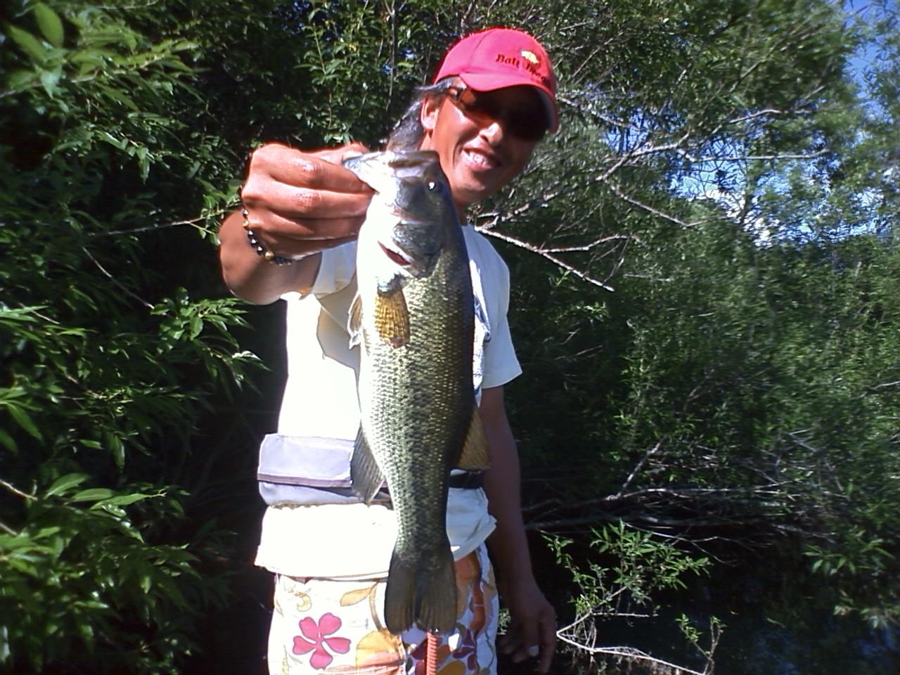 釣りますよ〜。_a0097491_1921677.jpg