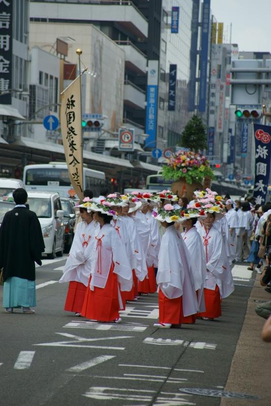 祇園祭花傘巡行 (後)_e0177413_1054842.jpg