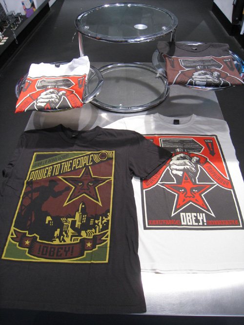 OBEY DJ A-TRAK DELUXE PACK & 10 YEAR PRODUCTS !!!_b0172940_1618633.jpg