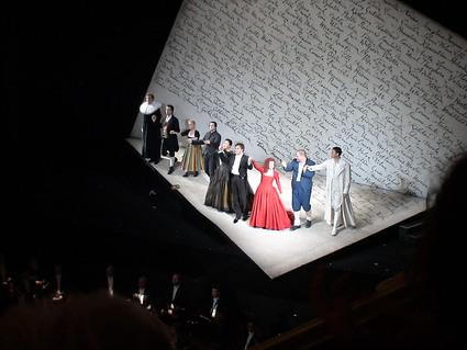 ドレスデン国立歌劇場のオペラ鑑賞_d0016397_22544792.jpg