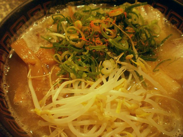 チャーシュー麺@まるい_a0117520_084839.jpg