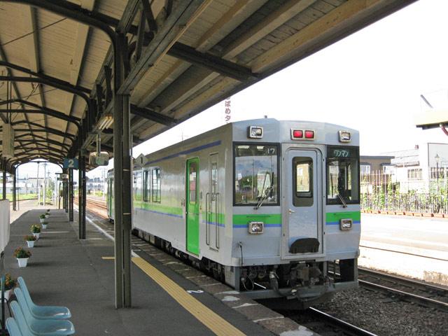 JR函館本線 札幌-小樽行7:15_a0016730_22584975.jpg