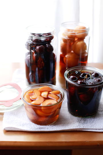 how to make fruit brandy moonshine