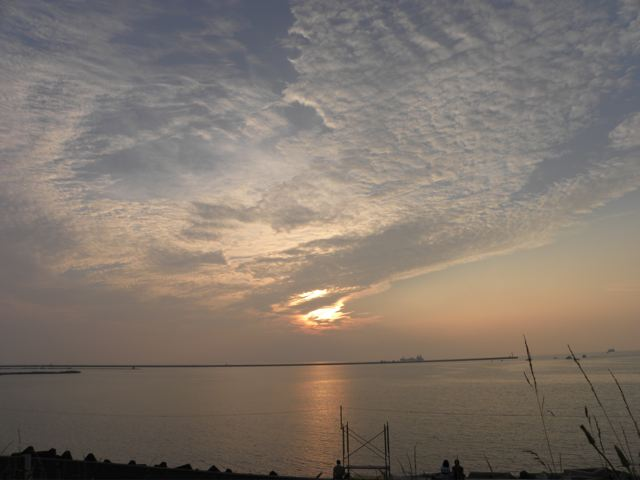 陽が落ちる_f0144003_23534649.jpg