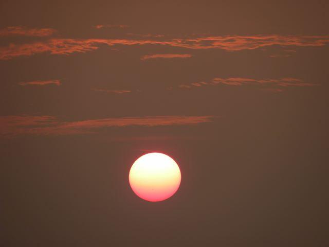 陽が落ちる_f0144003_2354447.jpg