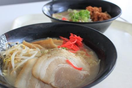 行ってきました福井県立大学!食べてきました県大ラーメン_f0229508_1837366.jpg