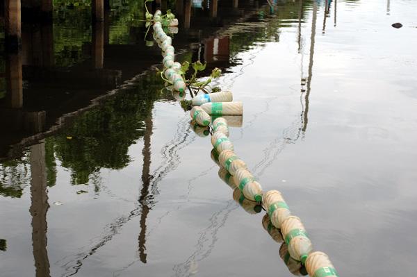 バンコク散歩・運河沿い編(4)_b0131470_14171715.jpg
