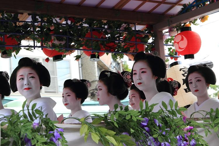 祇園祭 ~花傘巡行(後編)~_e0051888_349993.jpg