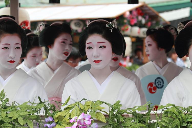 祇園祭 ~花傘巡行(後編)~_e0051888_3533435.jpg
