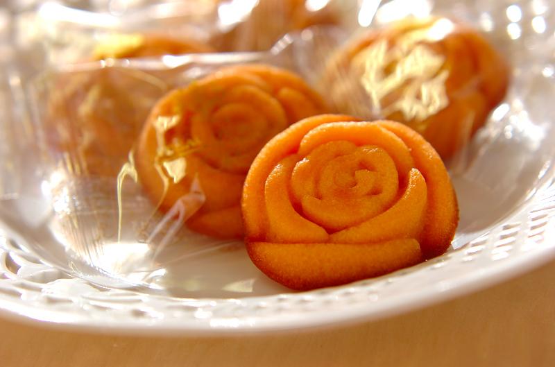 バラの香りのするフィナンシェ_a0115906_14354214.jpg