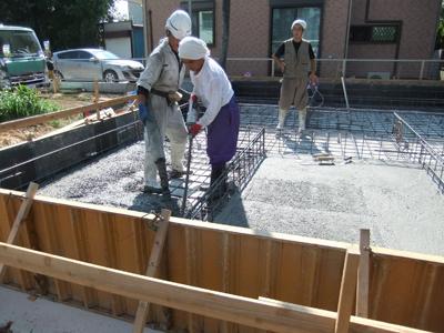 T邸 基礎コンクリート打設!-1_c0225122_170050.jpg