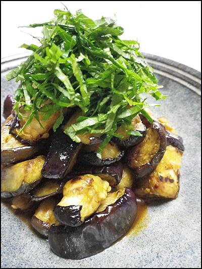 「干し野菜は続く...胡瓜と茄子」100729_b0006637_1312876.jpg