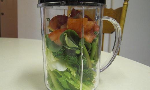 青菜ジュースは...うまい!_c0119140_15454994.jpg