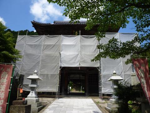 山門の修復_c0100949_1649435.jpg
