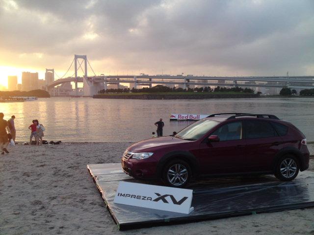 スバルの展示車設置完了_f0053060_18253757.jpg