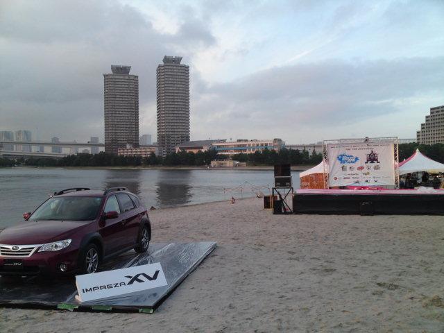 スバルの展示車設置完了_f0053060_18253788.jpg