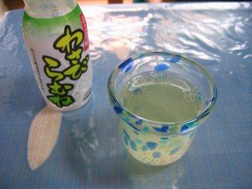 桜塩漬けと枝豆のおこわ_a0150910_21544098.jpg