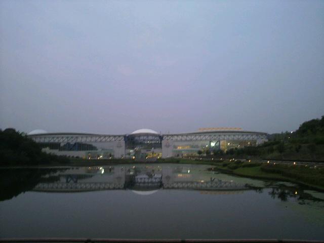 上海万博ではなく…_d0129249_22442750.jpg