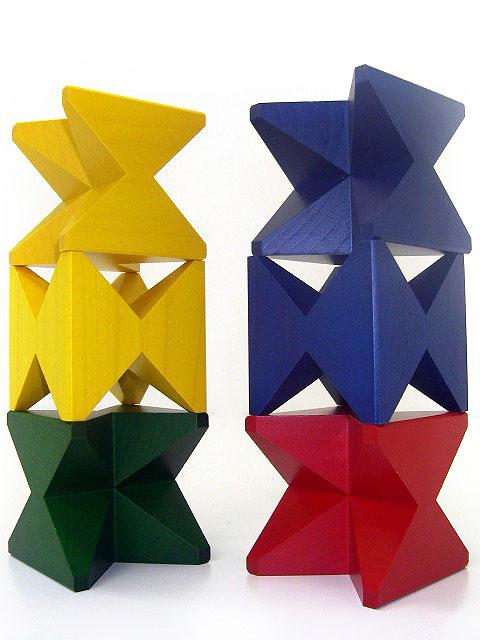 ネフ社の積み木 三角