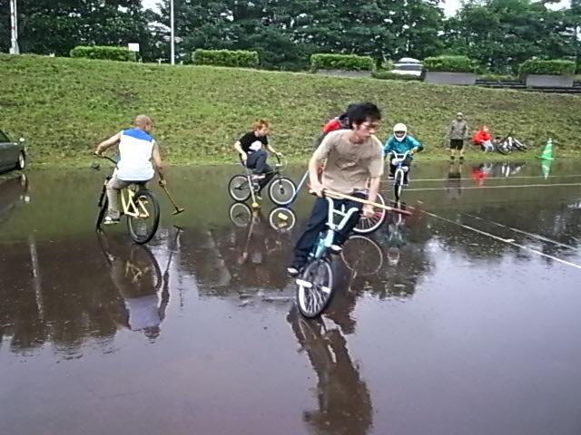 ドシャ降り 川祭り_e0173533_9291982.jpg