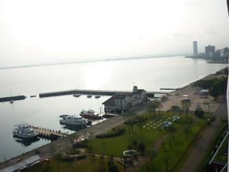 福岡から静岡へ!その7。琵琶湖の朝です。_e0188087_715483.jpg