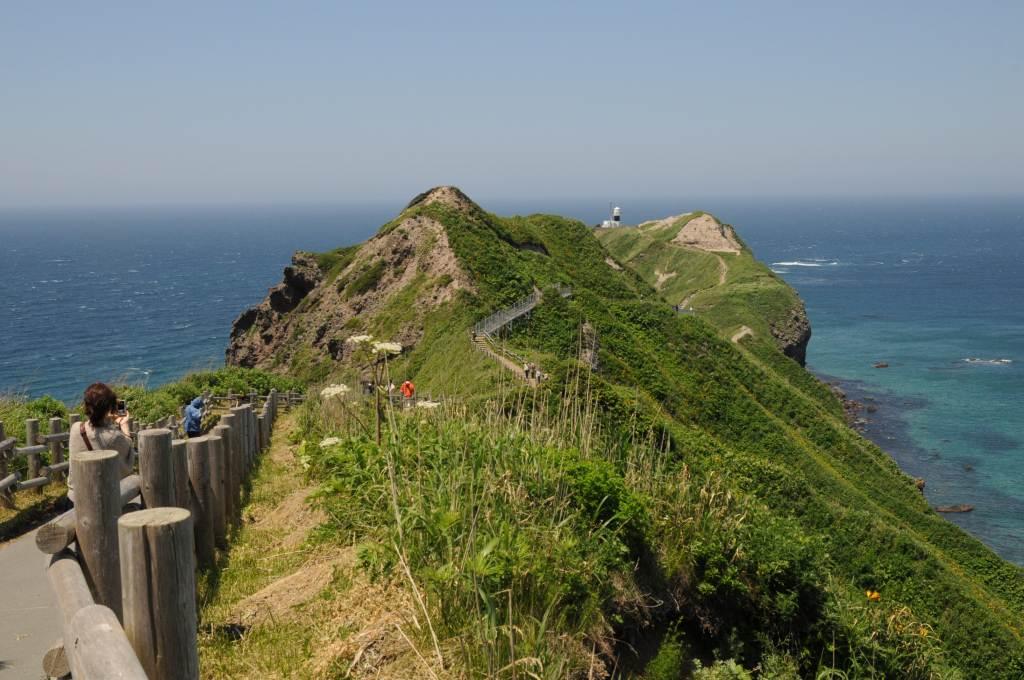 北海道の旅3:「積丹半島では勿論うに丼」_a0148206_1705074.jpg