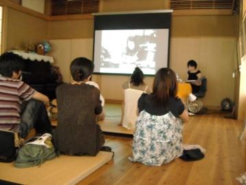 いわさきちひろ複製画展 2日目 講演会_e0114963_1022410.jpg